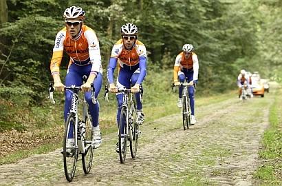 Trainen voor de Vuelta in Drenthe.